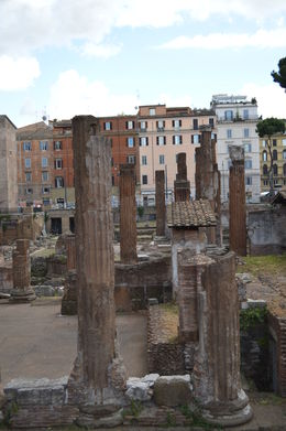 Ruins of Old Rome on Jewish Ghetto tour. , Cherie B - August 2015