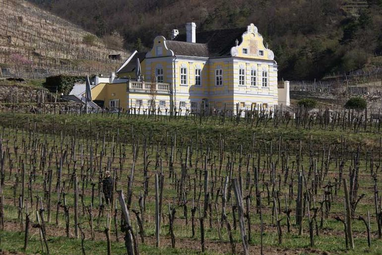 Wachau Valley - Vienna