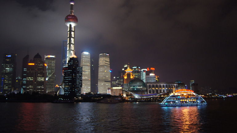 Pudong  and  Boat - Shanghai