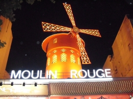 Photo of Paris Paris by Night Illuminations Tour and Paris Moulin Rouge Show Outside the Moulin Rouge
