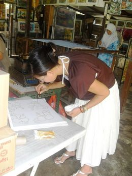 Photo of Singapore Malaysia Johore Bahru Half-Day Tour from Singapore Batik artist