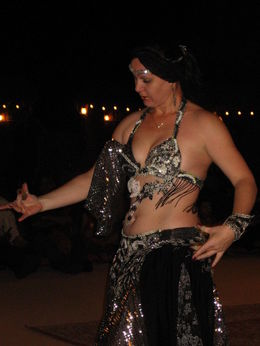 Photo of Dubai Dubai Super Saver: City Sightseeing Tour and Desert Safari Belly dancer
