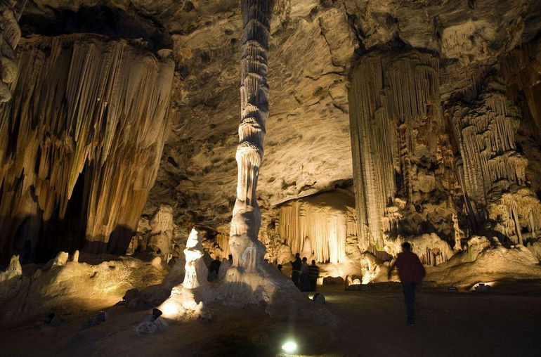 cango caves - Cape Town