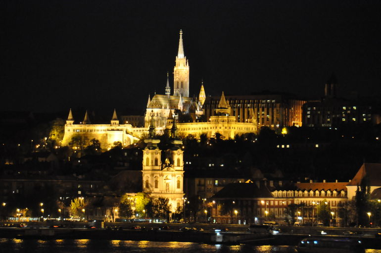 DSC_2254 11pm across the Danube to Buda Hills - Budapest