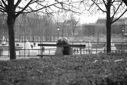 We spotted this happy couple in the Jardin Des Tuileries in Paris, France. , LMMCanada - January 2011