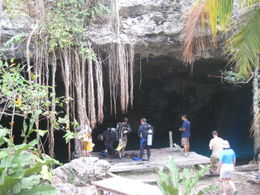 At the Dos Ojos cenote, getting ready for the cavern dive., Skootre - May 2011