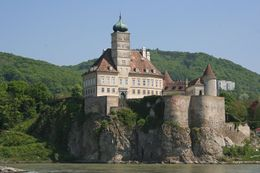 A view of the Schonbuhel Castle, built in the 12th century from our boat on the Danube, Hendrik H - May 2009