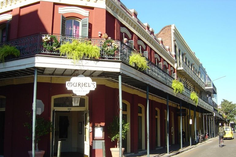 New Orleans - French Quarter building - New Orleans