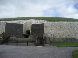 Entrance to the burial chamber. - May 2009