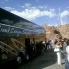 Foto von Las Vegas Grand Canyon – Bustour zum Südrand mit optionalen Upgrades Everybody gettin off to take pics