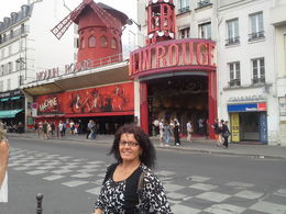 Photo of   outside moulin Rouge
