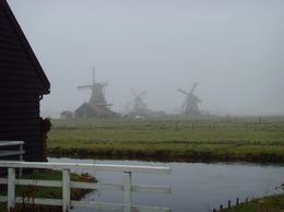 Photo of Amsterdam Amsterdam Super Saver 3: City Tour, Zaanse Schans Windmills, Volendam and Marken Day Trip Windmills of Zaanse Schans