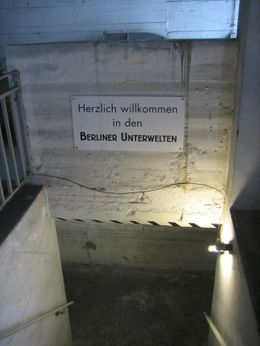 Going down, below the streets of Berlin. - May 2008