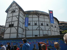 Photo of London Small-Group River Thames Bike Tour The Globe Theatre