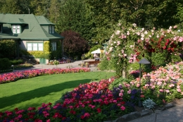 Photo of Vancouver Vancouver to Victoria and Butchart Gardens Tour by Bus View of the Garden Walkway