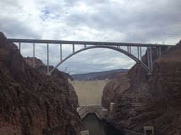 Photo of Las Vegas Hoover Dam Top to Bottom by Luxury SUV with Colorado River Float Dam Photo