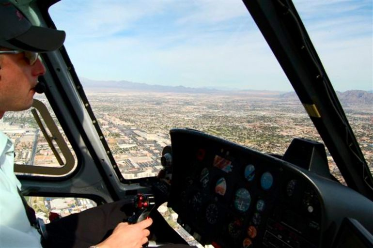 Helicopter take off from Las Vegas. - Las Vegas