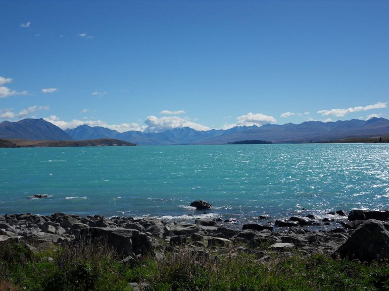 Lake Tekapo en route to Mt Cook area