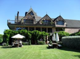 One of the four excellent wineries visited on this trip, Julie Ann G - January 2010
