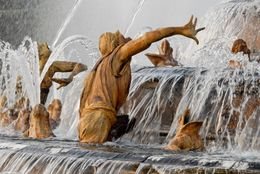 Fountains in the gardens of Versailles - July 2012
