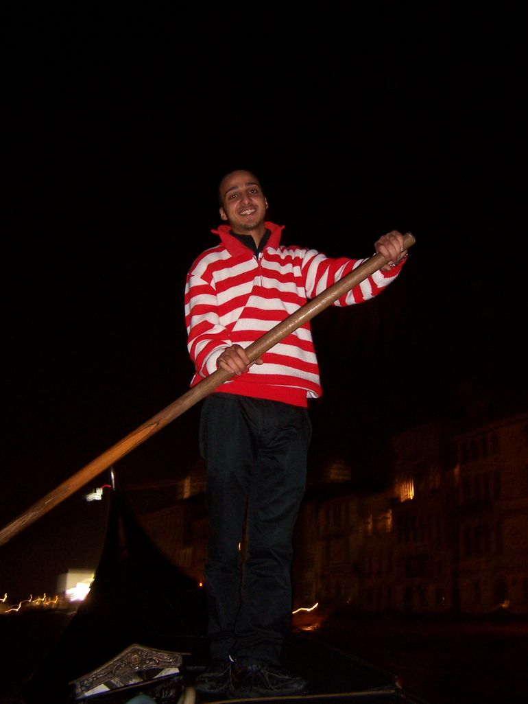 Gondolier on our 10/26/2008 Ride with Serenade - Venice