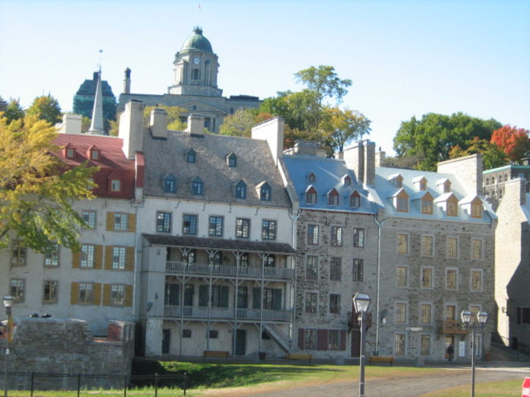 Quebec homes on sea front - Montreal