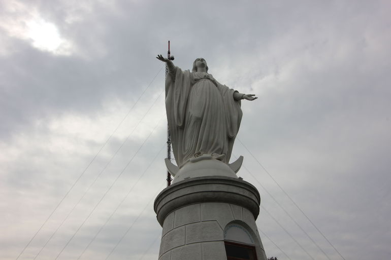 Statue of Mary - Santiago