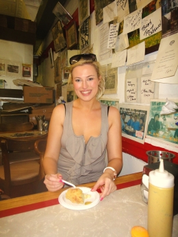 We were taken to Yonah Schimmel bakery in Brooklyn to try a famoush knish - delicious!, Katie D - June 2010