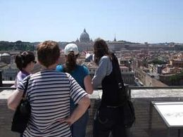 Our guide points out sites of interest to pivotal points of the story. - October 2009