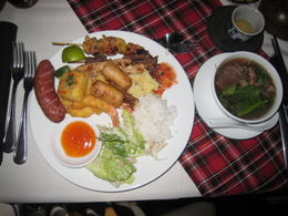 Photo of Ho Chi Minh City Ho Chi Minh City Bonsai Dinner Cruise on Saigon River Food, food, food