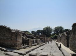Pompeii is an amazing place - gets you back in time and makes you think about values in life, Gabriela B - August 2010
