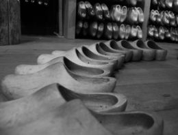 Visit to the Clog Manufacturer , Mahesh E - May 2016