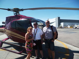 Sarndra and Rob from New Zealand with Geoff the Pilot! :-) , Sarnie - May 2013