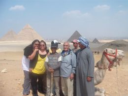 Photo of Cairo Private Tour: Giza Pyramids, Sphinx, Egyptian Museum, Khan el-Khalili Bazaar Giza Pyramids/ Sphinx