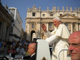 We had a great seat with close view of Pope Benedict , Mr A M - October 2011