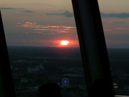 Photo of Berlin Skip the Line: Dinner atop the Berlin TV Tower Solnedgang i 200 m højde!