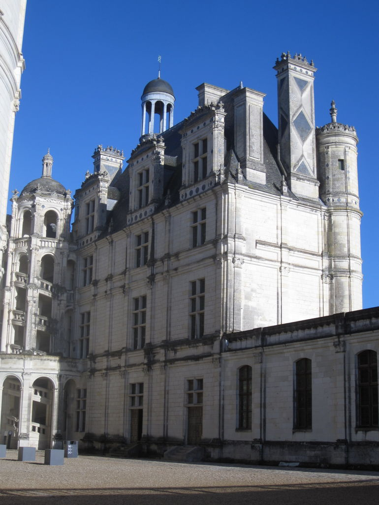 Chambord Chateau Courtyard - Paris