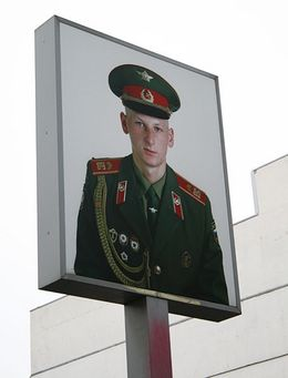 Checkpoint Charlie (Soviet Side), Martin W - December 2008