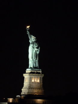 Lady Liberty bei Nacht , Karin S - November 2013