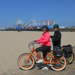Electric Bike Tour of Santa Monica and Venice Beach , Erika R - June 2015