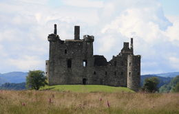 Built by the Clan Campbells in the mid 15th century , Helen L - August 2011
