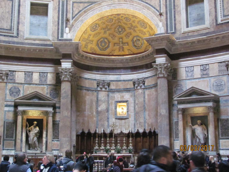 Pantheon and Santa Maria Sopra Minerva Guided Tour in Rome photo 7