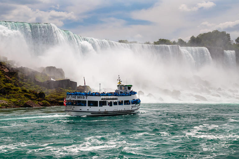 Niagara Falls Canadian Side Tour and Maid of the Mist Boat Ride photo 7