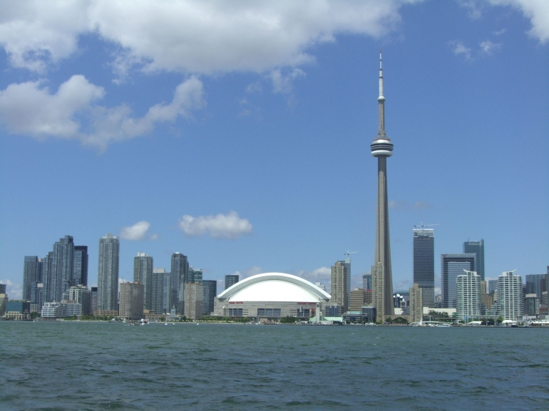 Toronto Inner Harbour and Island Cruise - Toronto