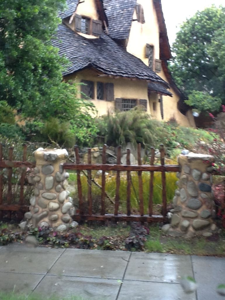 Witch s House - Los Angeles