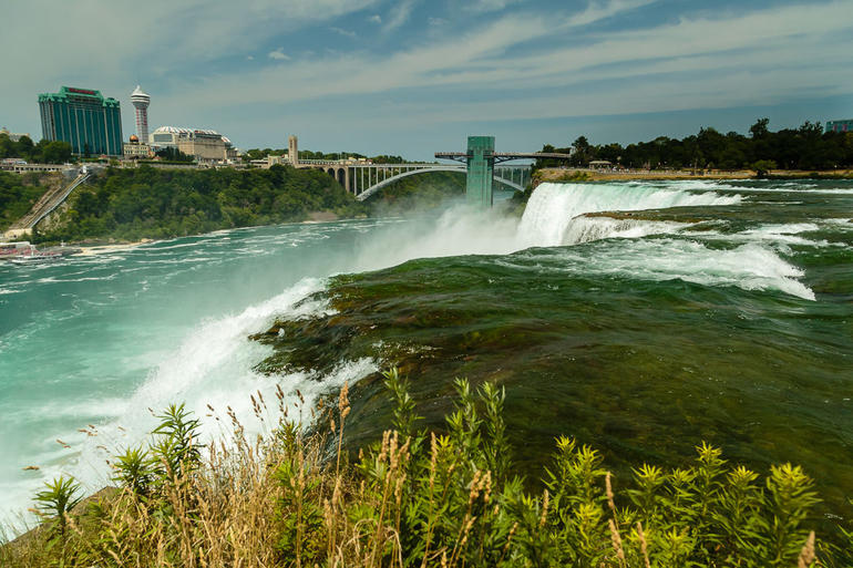 Niagara Falls Canadian Side Tour and Maid of the Mist Boat Ride photo 4
