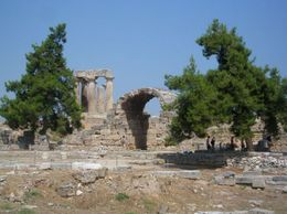 Photo of Athens Wine Tasting and Ancient Corinth Day Trip from Athens Ancient Corinth temple