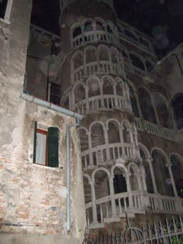 Photo of Venice Venice Ghost Walking Tour orbs at Palazzo