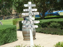 Photo of Adelaide Adelaide Super Saver: Adelaide City Sightseeing Tour plus Barossa Valley and Hahndorf Tour Barrosa Valley - Jacobs Creek winery