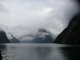 Photo de Fiordland et Milford Sound Croisière avec nuitée sur le Milford Sound, à bord du Milford Mariner Milford in it's rawest and absolute best